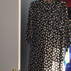 2XL Black shirtdress with white floral details